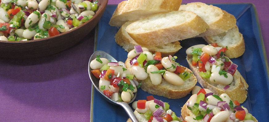 Mixed Beans Pico de Gallo- simple recipe - The Kitchen doesn't Bite - Doreen Colondres