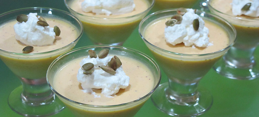Panna Cotta de Calabaza Dulce y Licor de Naranja - simple recipe - The Kitchen doesn't Bite - Doreen Colondres
