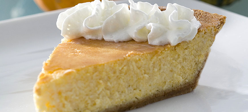 Pumpkin Cheesecake - simple recipe - The Kitchen doesn't Bite - Doreen Colondres